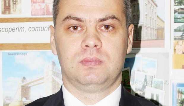 """Prof. Nicolae Zaharia: """"Dintr-un exces de zel al nu ştiu cui s-a încercat prea mult integrarea Istoriei românilor în Istoria europeană"""" 3"""