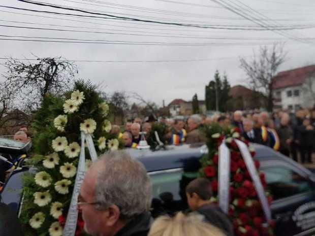 Jale la  înmormântarea  primarului Domneștiului, Nicolae Smădu 5