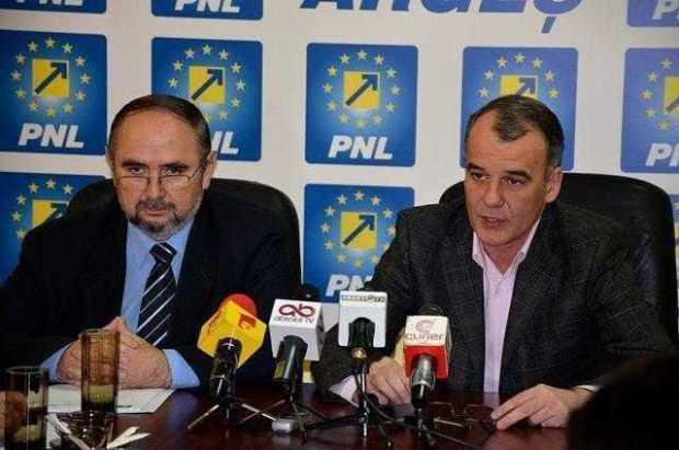 PNL Argeş a lansat candidaţii la parlamentare la Curtea de Argeş 4