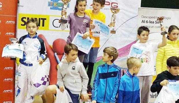 Doi tenismeni din Mioveni au devenit campioni naţionali 6
