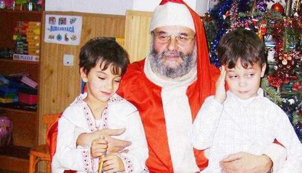 Moş Crăciun de Muscel în două variante: Taxi Moşu şi Moşu Doru 5
