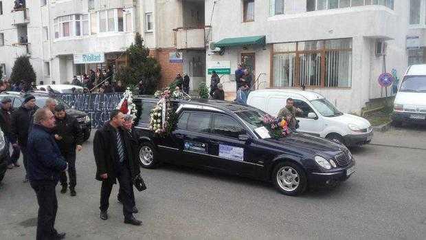 """Constantin Stroe,""""cel mai iubit dintre argeșeni"""", a fost condus cu onoruri militare pe ultimul său drum 8"""