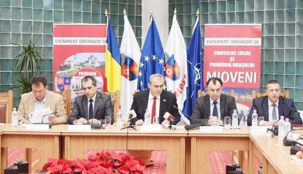 Primăria Mioveni şi-a prezentat bilanţul pe 2016 6
