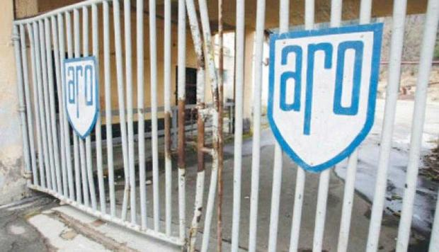 La zece ani de la dispariţie, continuă procedura insolvenţei uzinei ARO 6
