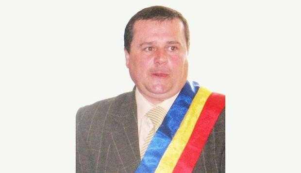 Fostul primar de la Albeştii de Muscel a fost dat în judecată de ANI 6
