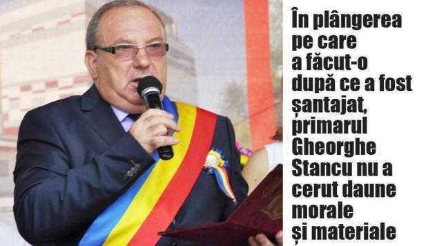 Mai multe DVD-uri au fost ridicate de la domiciliile romilor care l-au şantajat pe primarul de la Bascov 3