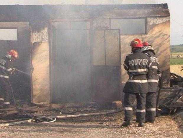 incendiu stolnici
