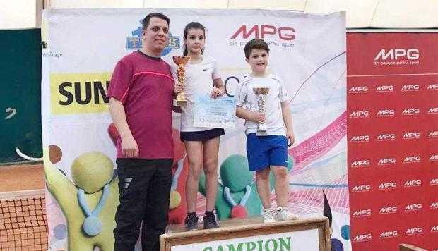 19 tenis Mioveni