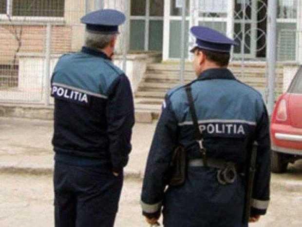 politisti 39883700