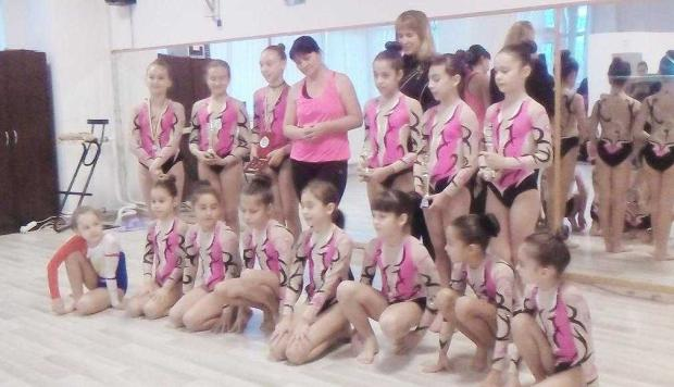 20 gimnaste
