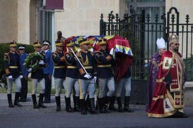 funeralii regina