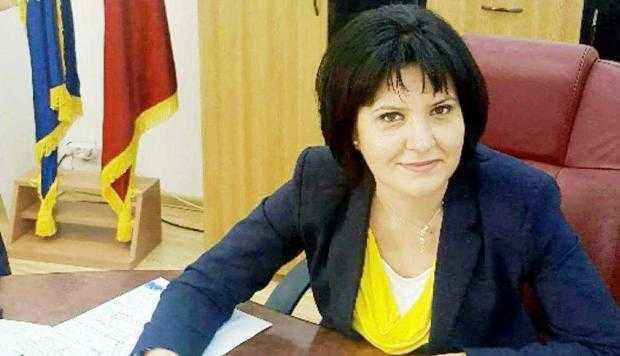 3 Simona Bratulescu