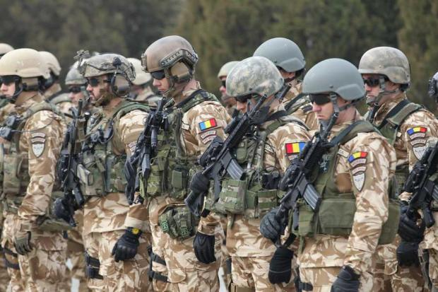 militari clung