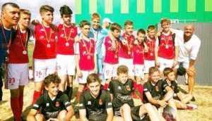 """Rezultate bune pentru Academia de fotbal """"Eagles"""" din Londra condusă de Gabi Dumitru 6"""