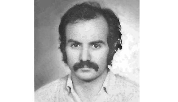 """Poetul religios Daniel Turcea, fost absolvent al Liceului """"Nicolae Bălcescu"""" din Piteşti 5"""