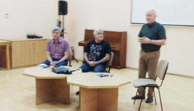 Doctorul-scriitor Viorel Pătraşcu  a lansat o nouă carte de călătorii 5