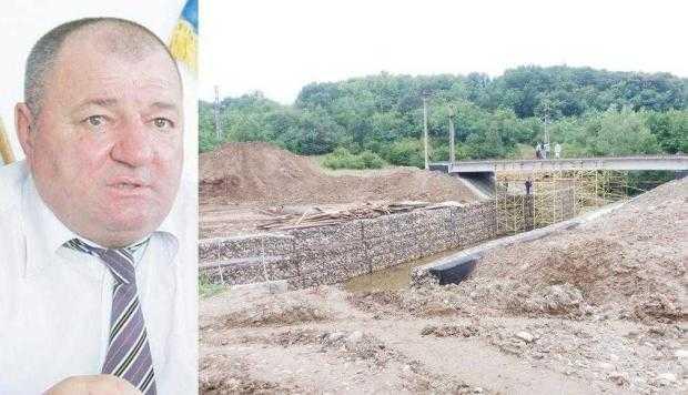 """""""În curând vom finaliza podul ce leagă Moşoaia de Băbana şi Poiana Lacului"""" 2"""