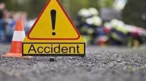 Accident rutier între 3 autoturisme și două tiruri în Cotmeana 6
