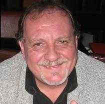 A murit Ciprian Chirvasiu, ziarist și poet din Schitu Golești 6
