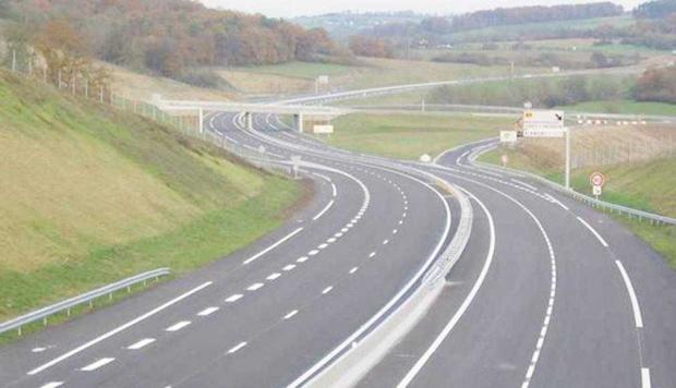 Mai e mult până departe: 4 ani  pentru 13 kilometri din Piteşti-Sibiu 5