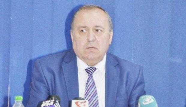"""Sorin Apostoliceanu, viceprimar Piteşti: """"Vrem să licenţiem pe loc taxiurile electrice"""" 6"""