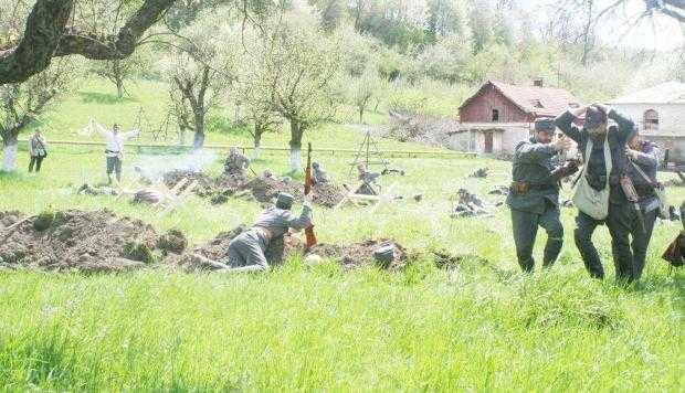 Câmpulungenii au trecut Carpaţii pe la Bran. Reconstituire după un moment important din Primul Război Mondial 5