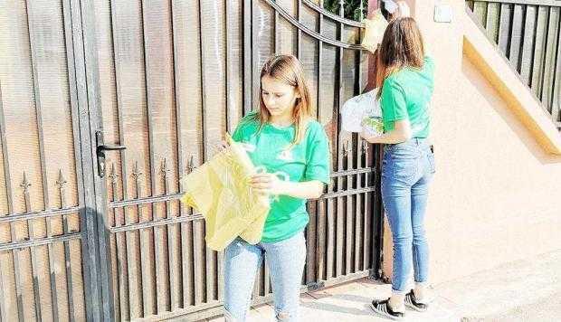 """Continuă acţiunile de ecologizare realizate de Asociaţia """"Zimbrul Carpatin"""" 5"""