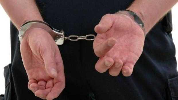 Reţinut de poliţişti după ce a furat o mașină din Pitești 5