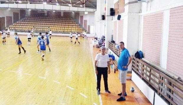 Silvia Purice, noul antrenor secund al echipei de handbal a Mioveniului 6