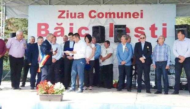 Diplome centenare pentru urmaşii eroilor din comuna Băiculeşti 6