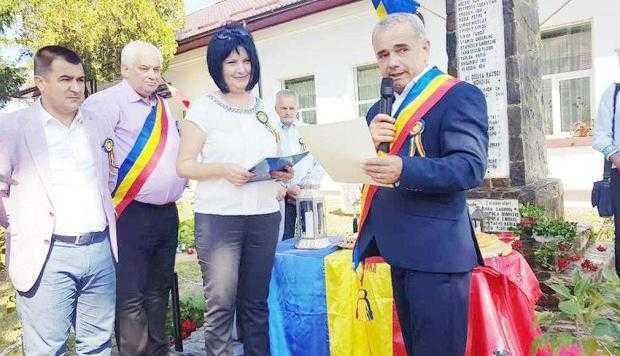 Diplome centenare pentru urmaşii eroilor din comuna Băiculeşti 5