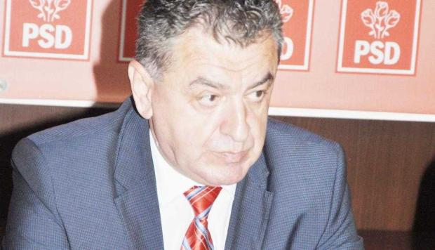 """Rezultatul referendumului, comentat de oficialii PSD Argeş. Cristian Gentea: """"Această prezenţă la vot afectează partidul"""" 5"""