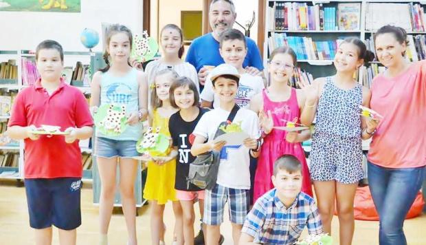 Se redeschid atelierele creative pentru copii la Biblioteca Judeţeană Argeş 5