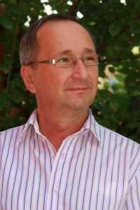 Jurnalistul Nicolae Badiu lansează o carte la Mioveni 5