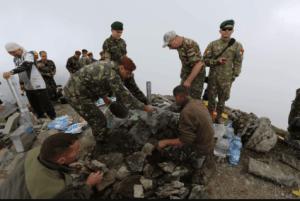 Vârful Moldoveanu are o nouă plăcuţă de identificare 7