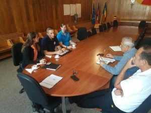 Delegația americană se va întoarce în Topoloveni pentru a relua căutările pilotului dispărut 3