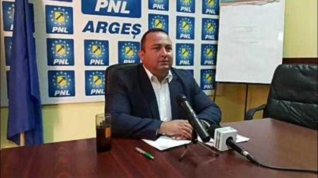 """Consilierul local Narcis Sofianu: """"Dacă primarul este obosit și doarme pe funcție, noi nu mai facem creșă în Pitești?"""" 5"""