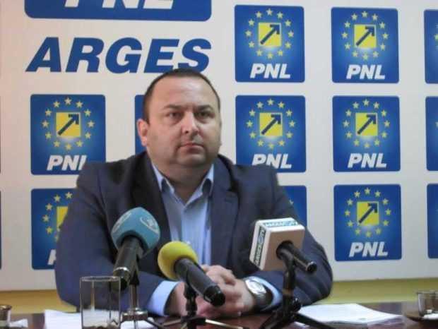 """Narcis Sofianu: """"Îi cerem demisia domnului Cornel Ionică din funcția de primar. Este evident că din punct de vedere administrativ nu poate mai mult"""" 5"""