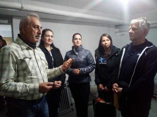 Primarul Gheorghiță Boțârcă și președintele PETA, Harald Ullmann, au lansat un amplu program de sterilizare a animalelor 5