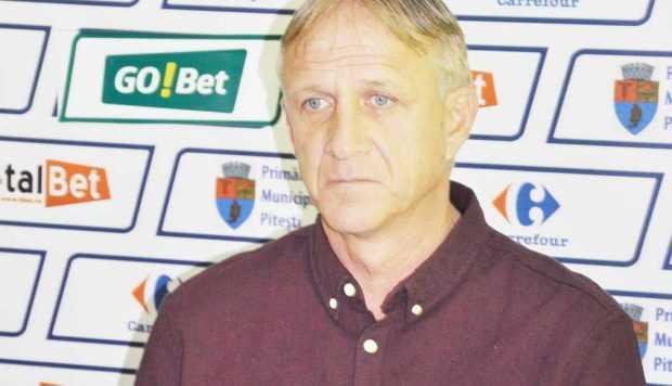 """Emil Săndoi, antrenor principal FC Argeş: """"Sper să vină investitori la  FC Argeş, ca să nu mai depindem de autorităţile locale"""" 5"""