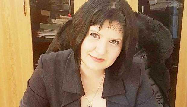 """Simona Brătulescu: """"Un salariu mai mare pentru cei care au investit mai mult timp şi bani în propria pregătire este o chestiune ce ţine de normalitate"""" 5"""