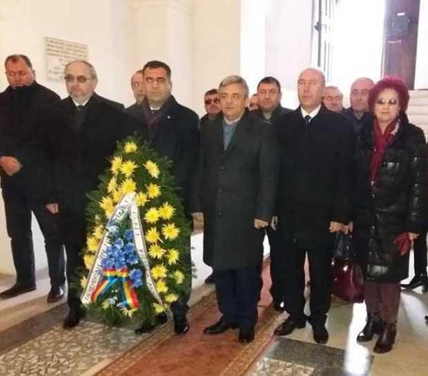 Delegație a PNL Argeș la Alba Iulia 5