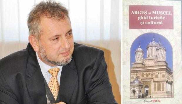 Ca de la bugetari la bugetar... Primăriile din Argeş îi fac un Crăciun frumos şi bănos şefului de la Cultură 5