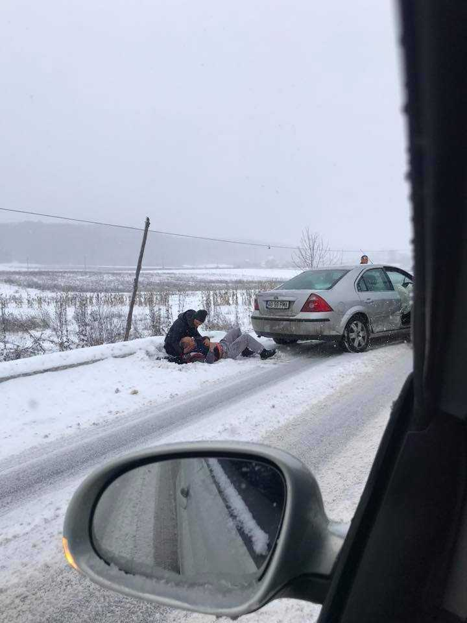 Accident cu victime încarcerate, la Merișani 5