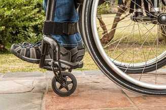 """Persoanele cu handicap își primesc banii cu întârziere. """"E ceva strigător la cer!"""" 5"""