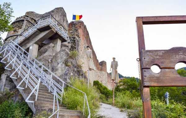 Cetatea lui Vlad Țepeș, urșii și turiștii: Cum modernizează Argeșul Cetatea Poenari, fortăreață din secolul al XIV-lea 5