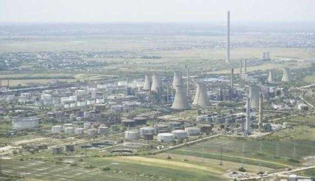 Oltchim a disponibilizat încă 40 de angajaţi de la Petrochimie 5