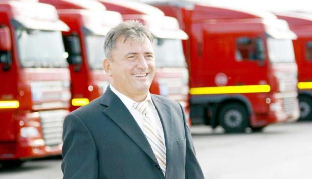 Benone Lazăr investeşte 5,6 milioane  de euro în reînnoirea flotei de camioane 5