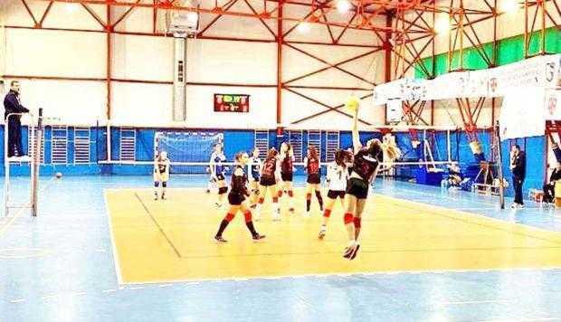 Calificare la Turneul Semifinal de Volei pentru cadetele de la Mioveni 4