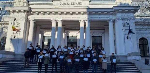 Protest la Curtea de Apel Pitești față de adoptarea OUG 7/2019 6